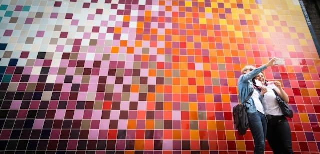 Tile-mural-Ptolemy-Mann-and-Johnson-Tiles-7